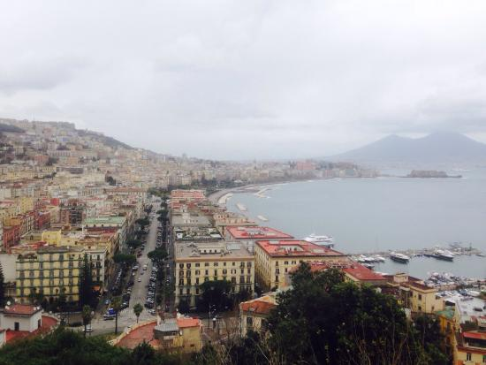 Vista dalla terrazza panoramica. - Picture of Posillipo, Naples ...