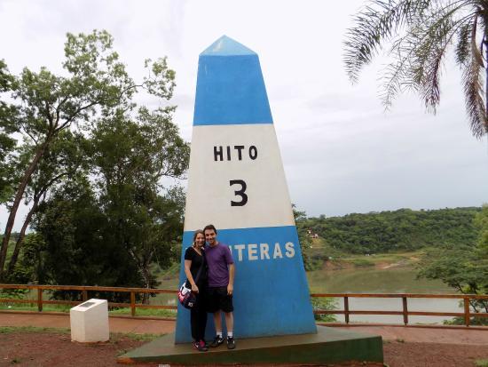 Triple Frontier: No monumento Argentino