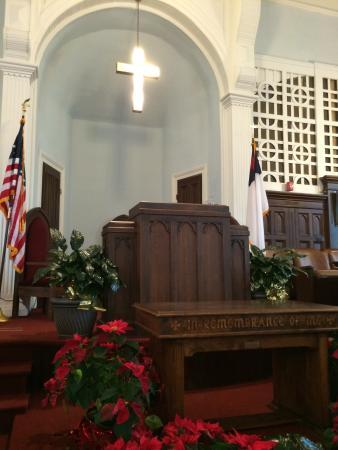 Dexter Avenue King Memorial Baptist Church: MLK Jr pulpit
