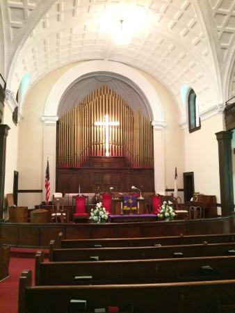 Brown Chapel AME Church: Inside