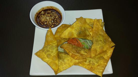 My Thai Vegan Cafe : Golden Triangles
