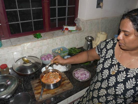 Jasmin Villa Homestay: Einblicke in Jasmin Kitchen