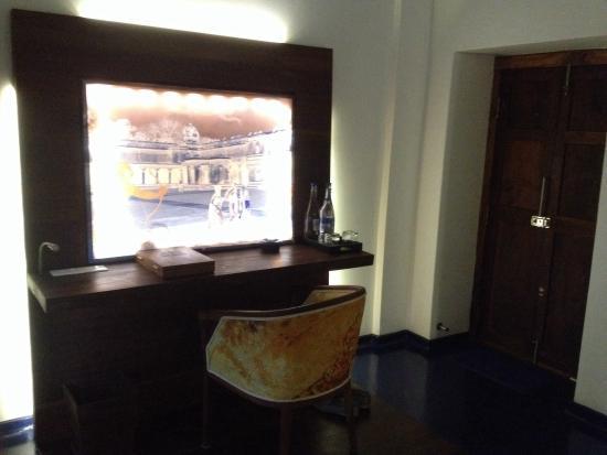 Tanjore Hi Hotel: Room 8 (first floor)