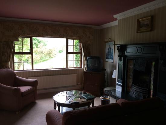 Abbeyglen Castle Hotel : not our guest room, although beautiful