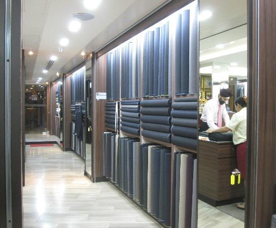 Raja's Fashions: Limitless choice of textiles