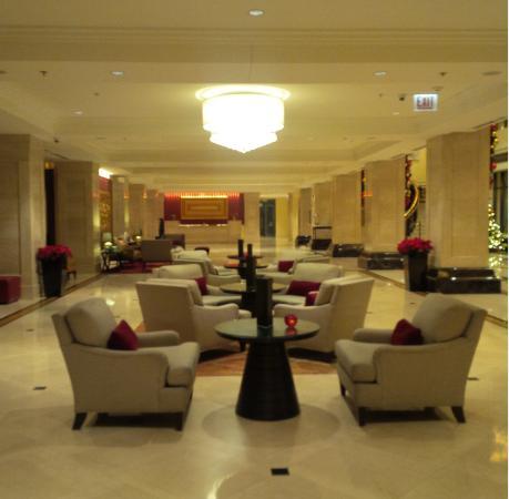 JW Marriott Chicago: lobby