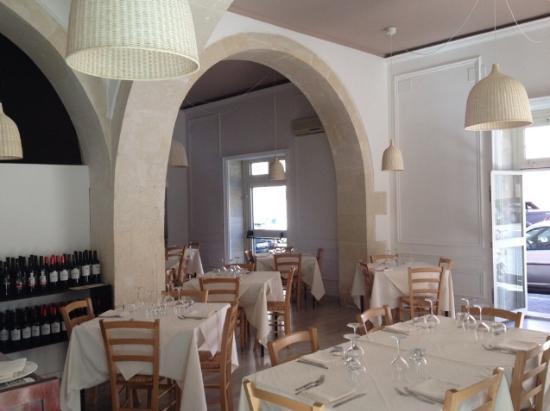 Syraka Sicilian Restaurant: sala