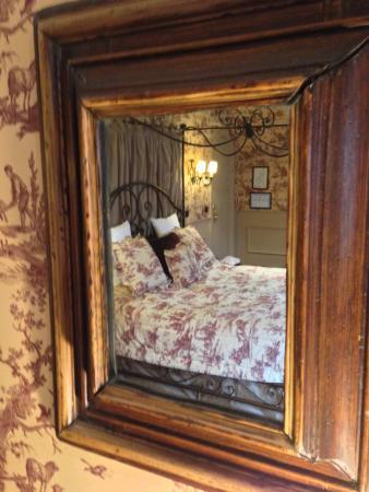 Guesthouse Bonifacius: Our bed :-)