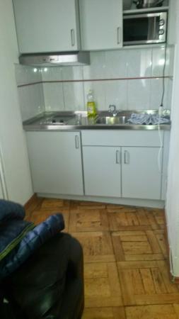California House: Kitchen