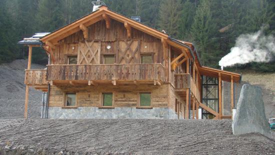 Alpine Mountain Chalet