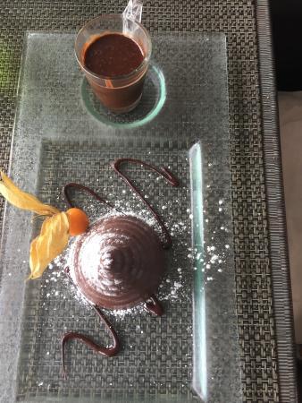 Brasserie club 15: Le chaud-froid tout chocolat avant