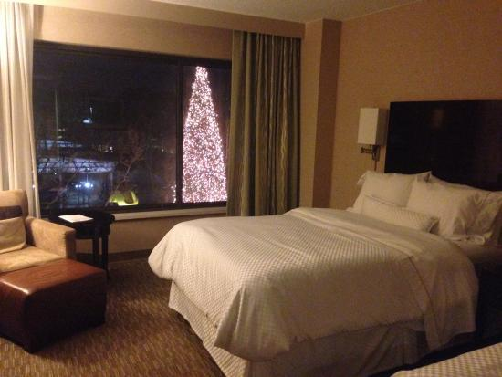 The Westin South Coast Plaza: Room with a Christmas tree view