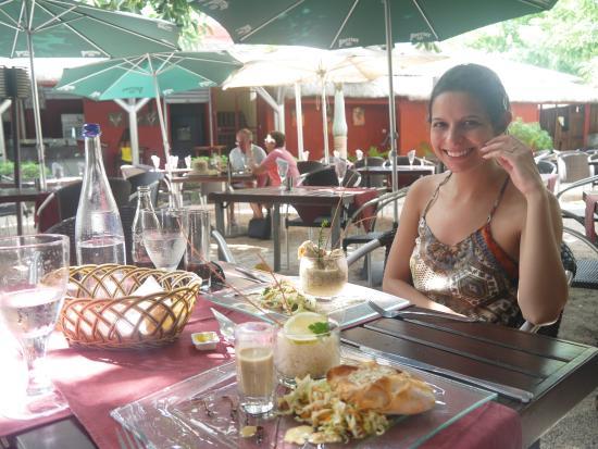 Twin's Garden: Eu feliz no almoço!