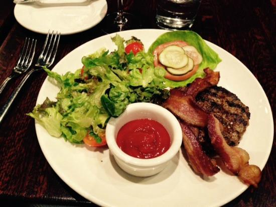 Redwood: Roseda Farm Burger w Salad