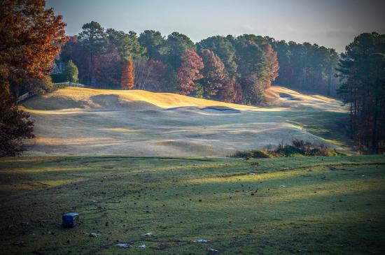 Woodstock, GA: 10th Hole in late Fall