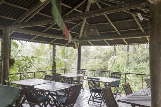 Pousada Quinta do Caju: quiosque onde é servido o café da manhã