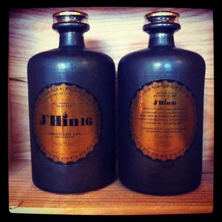 Roeselare, Belgique : New gin in!!!!