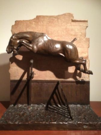 National Sporting Library & Museum : Equestrian image, small bronze piece