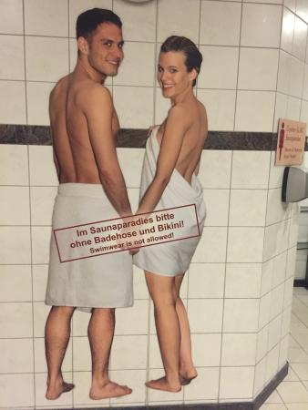 Erding, Deutschland: The rules for Sauna Paradise!