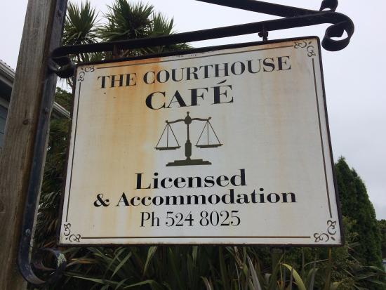The Courthouse Cafe: Cafe from a historical court house.