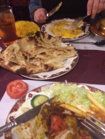 Koh-I-Noor: Yummy food