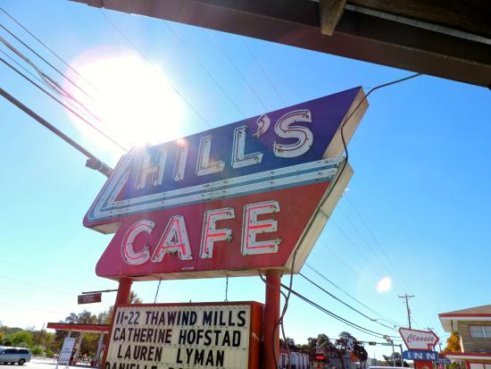 Hill's Cafe: The icon sign
