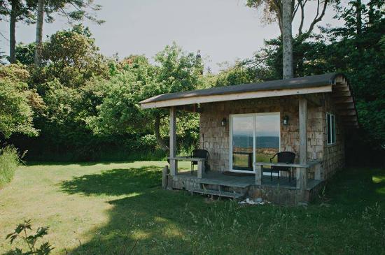 Sea Breeze Lodge: Our Honeymoon Cabin