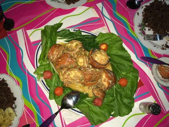 Hostal Mercedes Padron Jimenez: Christmas Day Dinner of 'Langostas' (Lobster)