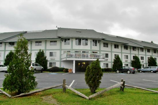 Days Inn Shelburne/burlington: Back