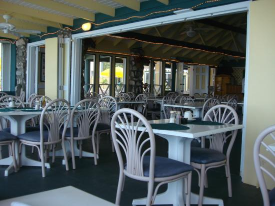 Sebastian's on the Beach: Interior of restaurant which is beachfront