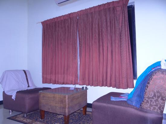 Hotel Hampi International : inside the room