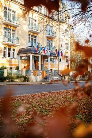 Villa Savoy Spa Park Hotel: Hotel