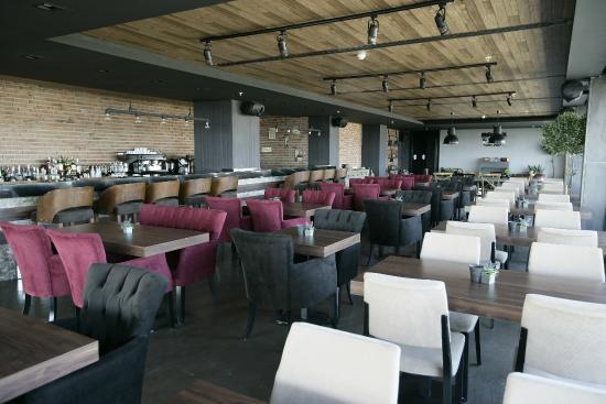 Vargo Restaurant & Bar