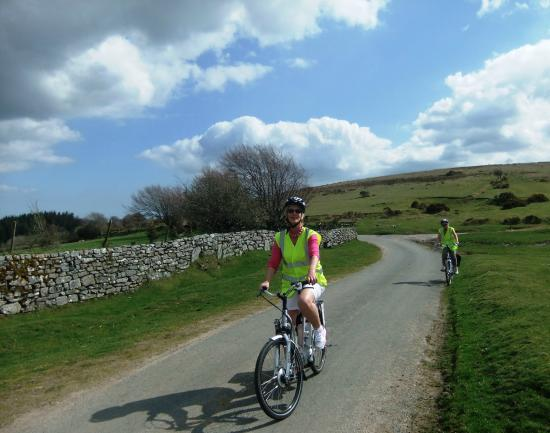 Dartmoor Electric Bicycles: An afternoon cycle around the West Webburn valley