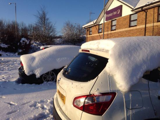 Premier Inn Sheffield/Barnsley (M1 Jct36) Hotel: After Boxing Day snow of 2014