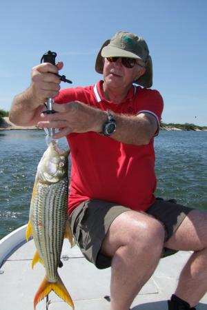 Kalizo Lodge: fishing trip with Kalizo guide