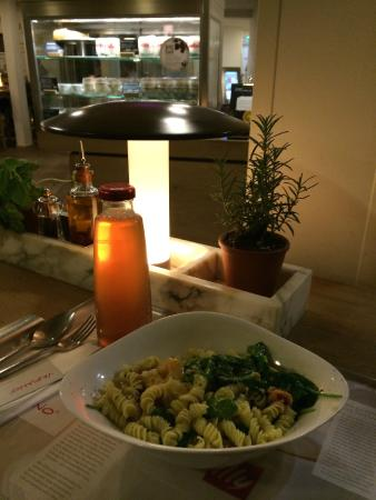 Vapiano Moulin Rouge: freshly cooked pasta