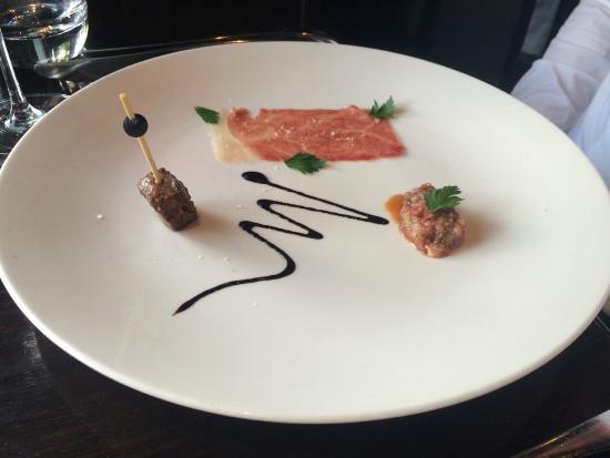 Jervois Steak House Queenstown : Trio Zen-Noh Wagyu/A5 (skewer; carpaccio; tartare)