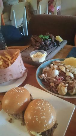 The Pour House Bar and Kitchen: Small meals to share