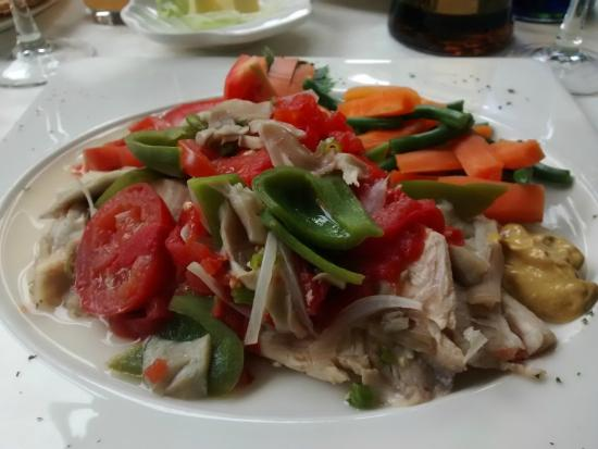 Il Patio - The Italian Restaurant: My special fish dish .. sub 500 KCal, no fat and 110% taste!