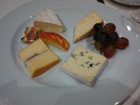 Hostellerie Du Mont Sainte-Odile : assiette de Fromage.