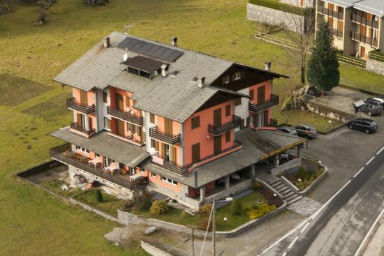 Hotel Sasso Remenno: HOTEL SITUATO VICINO ALLA VAL DI MELLO