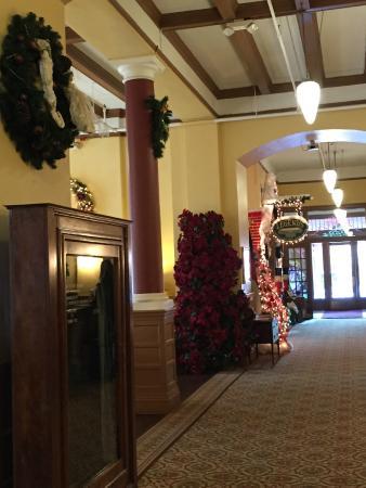 Hotel Colorado: Hotel lobby area