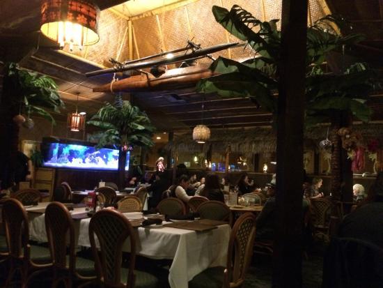 Damon's Steak House: Damon's Dinning room