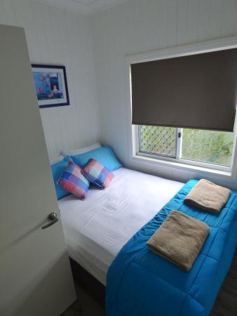 Kurrimine Beach Holiday Park: The 2nd Bedroom, down the Hall.