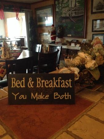 Riverboat Inn and Suites: Enter as Guests leave as family