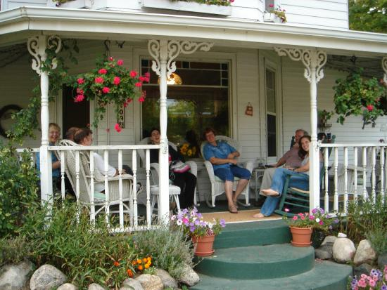 MacDougall House Bed and Breakfast: Porch, 2005