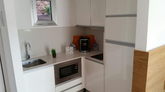 Terrazamar: The kitchen area