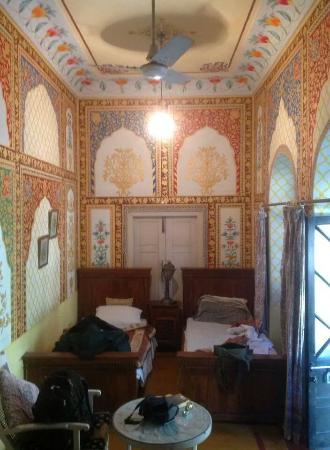Bissau Palace: twin room