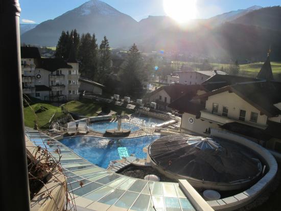 Posthotel Achenkirch: Aussicht auf die Aussenbäder